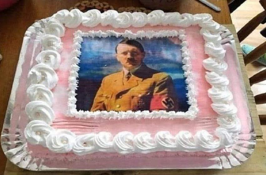 Polícia investiga jovem que usou foto de Hitler em bolo de aniversário no RS