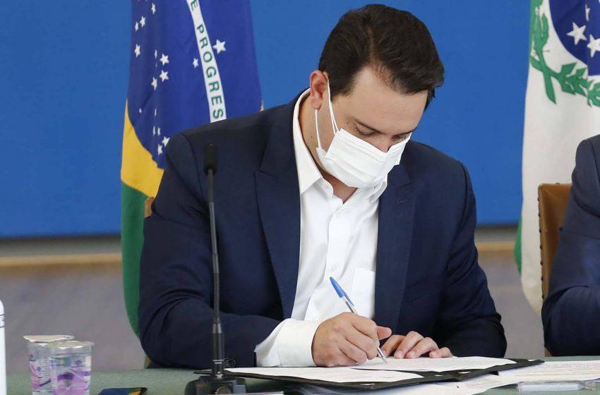 Governador sanciona lei que institui transferência de renda de R$ 80 para famílias vulneráveis