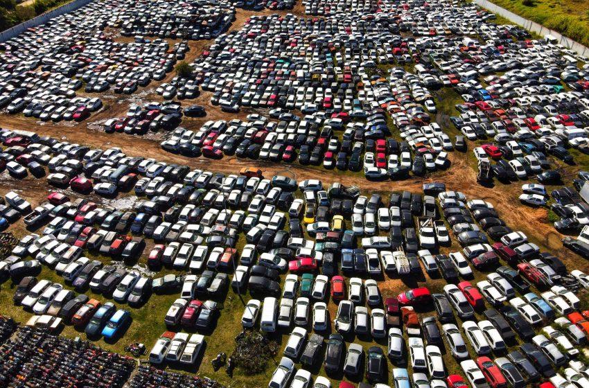 Detran realiza leilão online de 3.068 veículos para reaproveitamento de peças